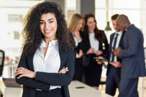mujer lider, lider, Businesswoman leader looking, liderazgo femenino